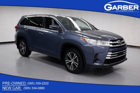 Pre-Owned 2017 Toyota Highlander LE AWD